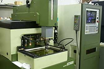 NC放電加工機